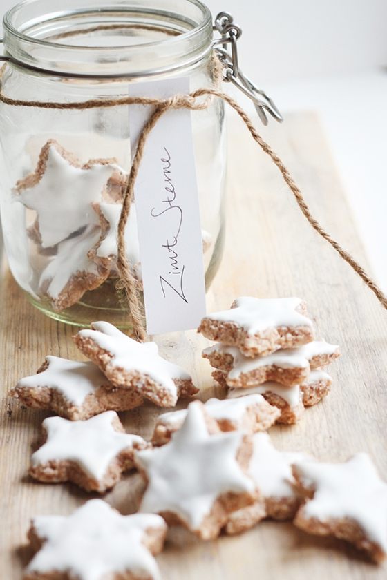 Zimtsterne - German Christmas Cookie | Fig & Honey